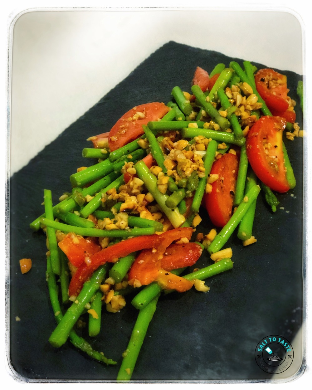 Asparagus in Spicy Peanut Dressing